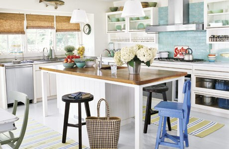 The colors give this kitchen a beach feel.